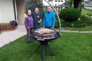 Noch schnell ein Foto vor dem Essen. - © www.urlaub-greifenburg.at