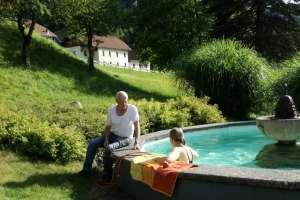 Der Pool im Garten! - © www.urlaub-greifenburg.at