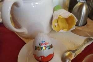 Juhuu....ein Überraschungsei zum Frühstück. - © www.urlaub-greifenburg.at