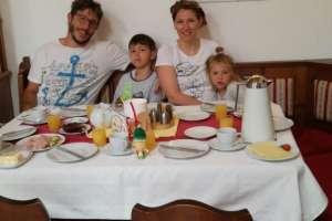 Netter Besuch aus Italien. - © www.urlaub-greifenburg.at