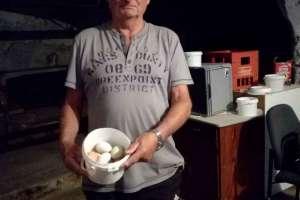 Hans-Friedel hat wieder viele Eier gelegt! - © www.urlaub-greifenburg.at