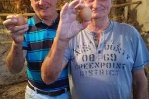 Die zwei Gockel mit ihrem glücklichen Ergebnis! - © www.urlaub-greifenburg.at