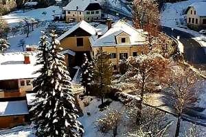 Der Thalerhof - von oben! - © www.urlaub-greifenburg.at