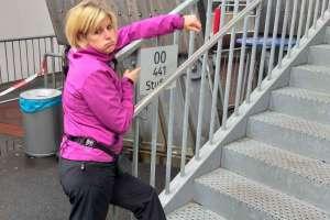 Bettina braucht keinen Lift - nur 441 Stufen! - © www.urlaub-greifenburg.at